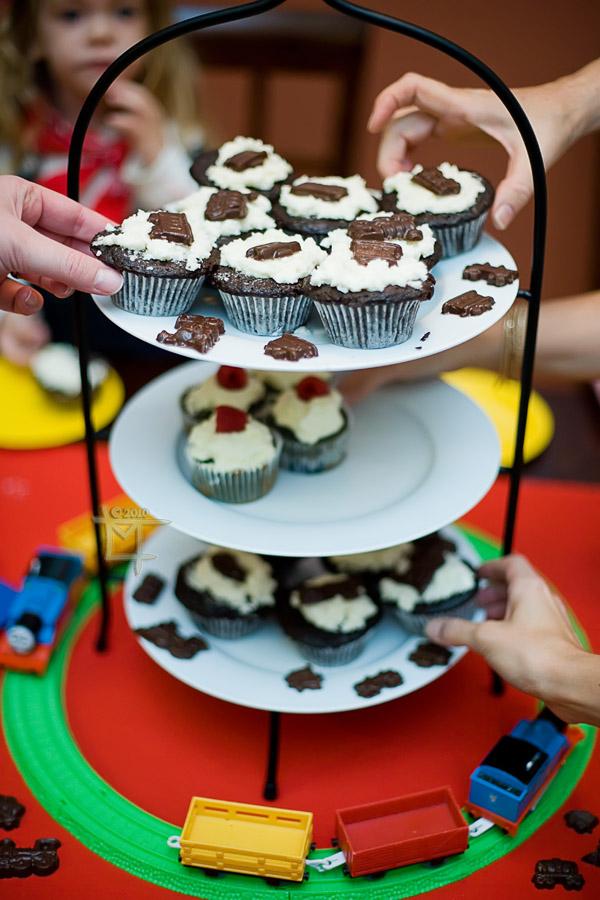 choo choo birthday cupcakes