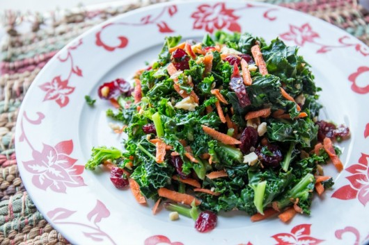 An easy kale salad recipe the whole family will love? Sign me up! // evolvingmotherhood.com